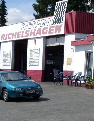 Reifen-Casteels-Fillialenimage-Bonn-4